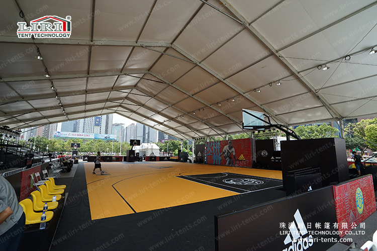 Enjoy Your Outdoor Sport with Liri's Tent